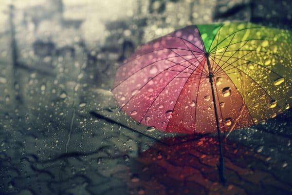 Le Parapluie Inversé : un accessoire de mode pratique, de grande qualité et tendance