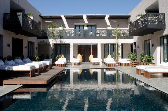 César Resort & Spa